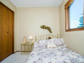 Photo 22: 323 Wathaman Place in Saskatoon: Lawson Heights Single Family Dwelling for sale (Saskatoon Area 03)  : MLS®# 577345