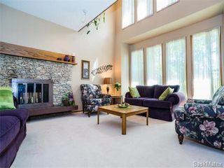 Photo 4: 323 Wathaman Place in Saskatoon: Lawson Heights Single Family Dwelling for sale (Saskatoon Area 03)  : MLS®# 577345
