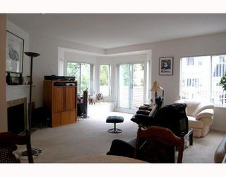 Photo 2: 35 6700 RUMBLE Street: South Slope Home for sale ()  : MLS®# V716545