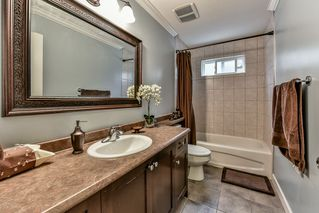 """Photo 15: 7110 199 Street in Langley: Willoughby Heights House for sale in """"WILLOUGHBY"""" : MLS®# R2118344"""