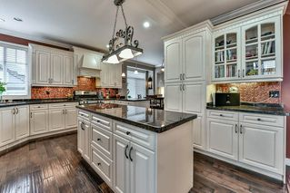"""Photo 8: 7110 199 Street in Langley: Willoughby Heights House for sale in """"WILLOUGHBY"""" : MLS®# R2118344"""