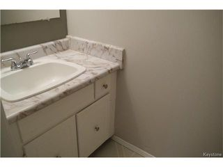 Photo 10: 2 Lake Fall Place in Winnipeg: Waverley Heights Residential for sale (1L)  : MLS®# 1625936