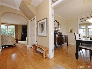 Photo 4: 2177 Newman Rd in SAANICHTON: CS Saanichton House for sale (Central Saanich)  : MLS®# 750019