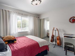 "Photo 10: 1071 GLACIER VIEW Drive in Squamish: Garibaldi Highlands House for sale in ""Garibaldi Highlands"" : MLS®# R2153078"