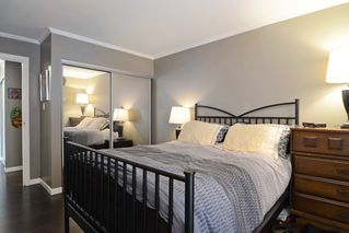 "Photo 9: 402 215 MOWAT Street in New Westminster: Uptown NW Condo for sale in ""CEDAR HILL MANOR"" : MLS®# R2166746"