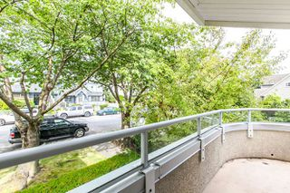 Photo 3: 8 249 E 4th Street in North Vancouver: Lower Lonsdale Townhouse for sale : MLS®# R2117542