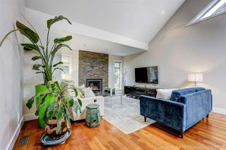 """Photo 2: 7720 TEAKWOOD Place in Vancouver: Champlain Heights Townhouse for sale in """"WOODLANDS"""" (Vancouver East)  : MLS®# R2173091"""