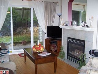 Photo 2: 111 22022 49 Ave in Langley: Home for sale : MLS®# F1313461
