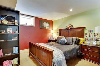 Photo 23: 49 MEADOWVIEW RD SW in Calgary: Meadowlark Park House for sale : MLS®# C4104032