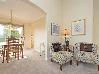 Photo 5: 302 1663 McKenzie Ave in VICTORIA: SE Mt Tolmie Condo for sale (Saanich East)  : MLS®# 767665