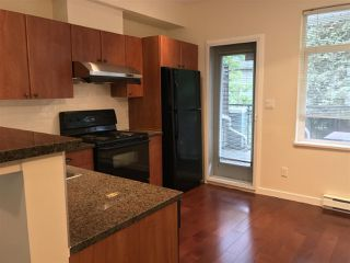 "Photo 2: 46 6528 DENBIGH Avenue in Burnaby: Forest Glen BS Townhouse for sale in ""OAKWOOD"" (Burnaby South)  : MLS®# R2202476"