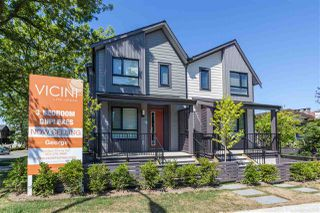 Photo 2: 5283 NANAIMO Street in Vancouver: Victoria VE Townhouse for sale (Vancouver East)  : MLS®# R2210902
