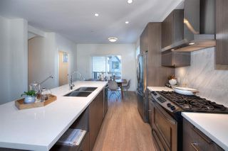 Photo 7: 5283 NANAIMO Street in Vancouver: Victoria VE Townhouse for sale (Vancouver East)  : MLS®# R2210902