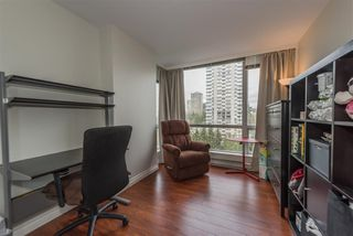 "Photo 9: 1105 9603 MANCHESTER Drive in Burnaby: Cariboo Condo for sale in ""STRATHMORE TOWERS"" (Burnaby North)  : MLS®# R2228642"