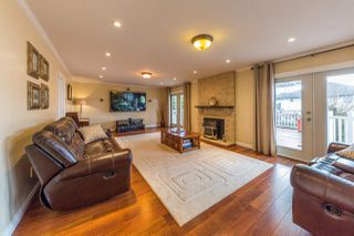 Photo 5: 19666 S WILDWOOD Crescent in Pitt Meadows: South Meadows House for sale : MLS®# R2236917