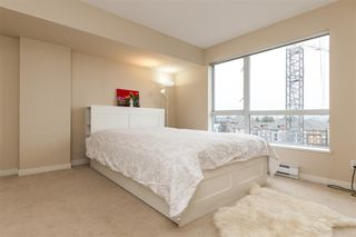 Photo 3: 702 200 KEARY Street in New Westminster: Sapperton Condo for sale : MLS®# R2237014
