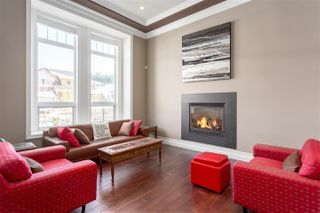 "Photo 4: 1004 JAY Crescent in Squamish: Garibaldi Highlands House for sale in ""THUNDERBIRD CREEK"" : MLS®# R2242482"