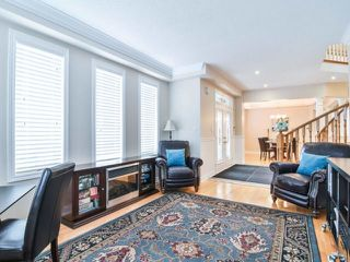 Photo 3: 1426 Pinery Cres in Oakville: Iroquois Ridge North Freehold for sale : MLS®# W4044662