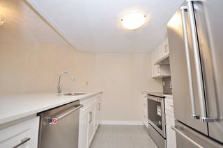 "Photo 3: 605 1950 ROBSON Street in Vancouver: West End VW Condo for sale in ""THE CHATSWORTH"" (Vancouver West)  : MLS®# R2245609"