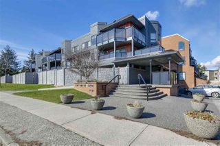 """Photo 1: 309 1830 E SOUTHMERE Crescent in Surrey: Sunnyside Park Surrey Condo for sale in """"Southmere Mews"""" (South Surrey White Rock)  : MLS®# R2246852"""
