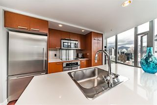 "Photo 9: 2901 1255 SEYMOUR Street in Vancouver: Downtown VW Condo for sale in ""ELAN"" (Vancouver West)  : MLS®# R2272876"