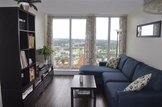 """Photo 5: 3508 9981 WHALLEY Boulevard in Surrey: Whalley Condo for sale in """"Park Place"""" (North Surrey)  : MLS®# R2279566"""
