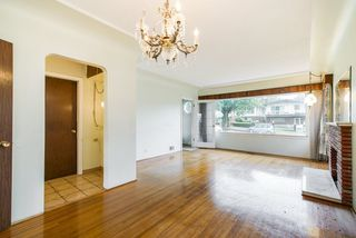 Photo 3: 1132 NOOTKA Street in Vancouver: Renfrew VE House for sale (Vancouver East)  : MLS®# R2304643