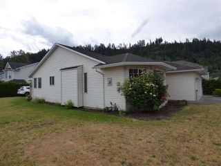 Photo 2: 5761 REMINGTON Crescent in Sardis: Vedder S Watson-Promontory House for sale : MLS®# R2320323