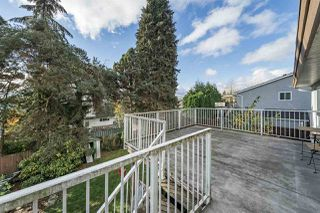 Photo 5: 1122 HOWSE Place in Coquitlam: Central Coquitlam House for sale : MLS®# R2338849