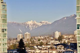 "Photo 15: 1801 2077 ROSSER Avenue in Burnaby: Brentwood Park Condo for sale in ""VANTAGE"" (Burnaby North)  : MLS®# R2340351"