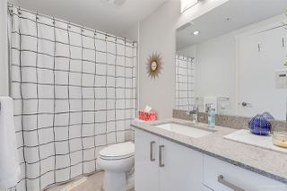 """Photo 17: 706 125 COLUMBIA Street in New Westminster: Downtown NW Condo for sale in """"NORTHBANK"""" : MLS®# R2345395"""