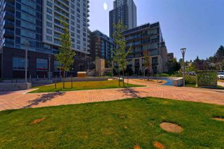 "Photo 16: 2801 5470 ORMIDALE Street in Vancouver: Collingwood VE Condo for sale in ""WALL CENTRE CENTRAL PARK TOWER 3"" (Vancouver East)  : MLS®# R2346088"