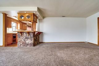 Photo 5: OUT OF AREA House for sale : 3 bedrooms : 6608 Dashwood in Lakewood