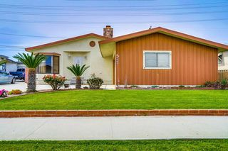 Photo 1: OUT OF AREA House for sale : 3 bedrooms : 6608 Dashwood in Lakewood
