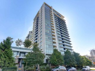 "Photo 15: 1606 1320 CHESTERFIELD Avenue in North Vancouver: Central Lonsdale Condo for sale in ""Vista Place"" : MLS®# R2355353"