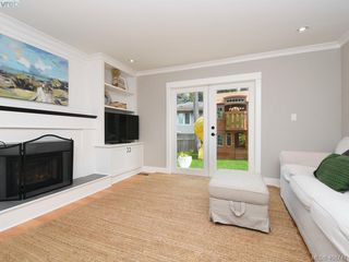 Photo 18: 953 Pattullo Place in VICTORIA: OB South Oak Bay Single Family Detached for sale (Oak Bay)  : MLS®# 408747