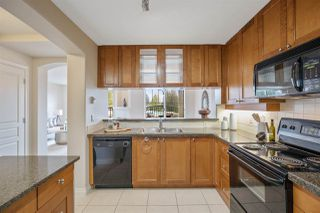"""Photo 9: 303 4542 W 10TH Avenue in Vancouver: Point Grey Condo for sale in """"Telford on Tenth"""" (Vancouver West)  : MLS®# R2365894"""