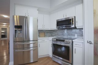 Photo 4: 405 10108 125 Street in Edmonton: Zone 07 Condo for sale : MLS®# E4155697