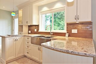 Photo 8: 33447 LYNN Avenue in Abbotsford: Central Abbotsford House for sale : MLS®# R2374035