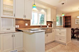 Photo 9: 33447 LYNN Avenue in Abbotsford: Central Abbotsford House for sale : MLS®# R2374035