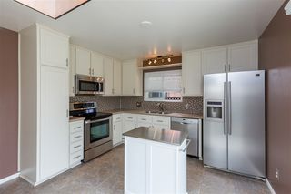 Photo 7: CARLSBAD SOUTH Twin-home for sale : 3 bedrooms : 818 Caminito Del Sol in Carlsbad