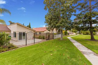 Photo 24: CARLSBAD SOUTH Twin-home for sale : 3 bedrooms : 818 Caminito Del Sol in Carlsbad