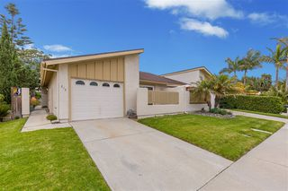 Photo 1: CARLSBAD SOUTH Twinhome for sale : 3 bedrooms : 818 Caminito Del Sol in Carlsbad