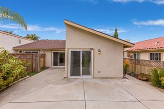 Photo 19: CARLSBAD SOUTH Twin-home for sale : 3 bedrooms : 818 Caminito Del Sol in Carlsbad