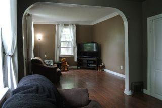 Photo 3: 11942 79 Street in Edmonton: Zone 05 House for sale : MLS®# E4160439