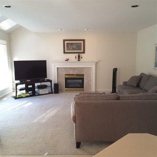 Photo 5: 15285 80 Avenue in Surrey: Fleetwood Tynehead House for sale : MLS®# R2378387