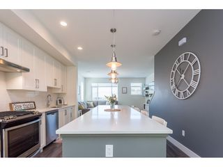 """Photo 4: 13 34230 ELMWOOD Drive in Abbotsford: Central Abbotsford Townhouse for sale in """"Ten Oaks"""" : MLS®# R2378852"""