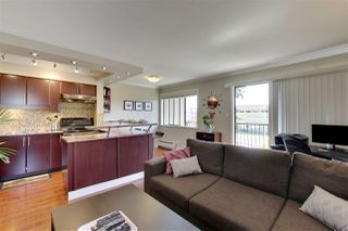 """Photo 3: 202 803 QUEENS Avenue in New Westminster: Uptown NW Condo for sale in """"SUNDAYLE MANOR"""" : MLS®# R2383909"""