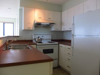"""Photo 5: 1605 3438 VANNESS Avenue in Vancouver: Collingwood VE Condo for sale in """"CENTRO"""" (Vancouver East)  : MLS®# R2385254"""
