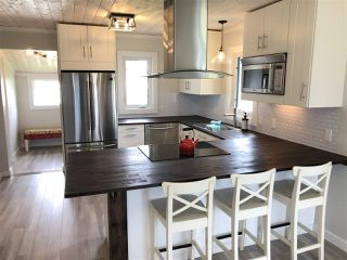 Photo 2: 5112 50 Avenue: Pickardville House for sale : MLS®# E4164639